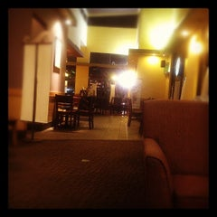 Photo taken at Starbucks by Hendra D. on 8/18/2012