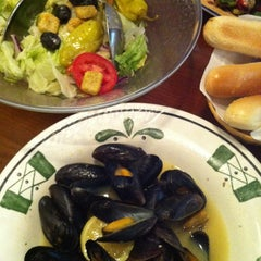 Photo taken at Olive Garden by Margarita K. on 5/15/2012