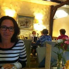 Photo taken at Restaurant Landhaus Hesse by Gero P. on 6/1/2012