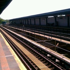 Photo taken at MTA Subway - Cypress Hills (J) by Kerri N. on 5/18/2012