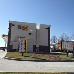 Photo taken at SONIC Drive In by Eric J Hatch on 3/14/2012