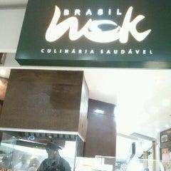 Photo taken at Brasil Wok by Kleber S. on 5/13/2012