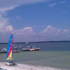 Photo taken at Hemingway's Island Grill by Lindsay C. on 6/15/2012