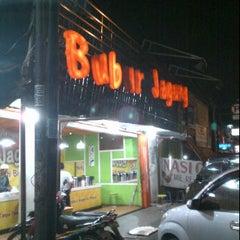 Photo taken at Bubur Jagung by Chandra Y. on 4/3/2012