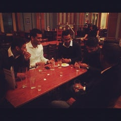 Photo taken at Liberty Bounds (Wetherspoon) by Saravanan S. on 9/1/2012