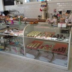 Photo taken at Primrose Bakery by Chris W. on 8/14/2012