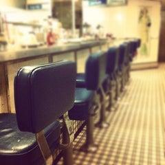 Photo taken at Soda Rock Diner by Zac Z. on 4/13/2012