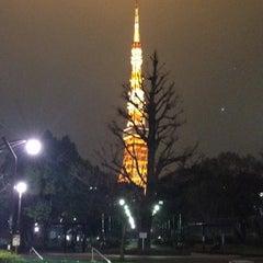 Photo taken at ローソン 御成門駅前店 by Kenta K. on 2/16/2012