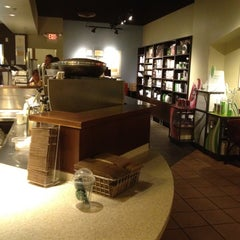 Photo taken at Starbucks by Wendy H. on 8/10/2012