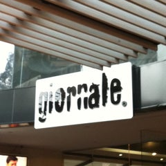 Photo taken at Giornale by Conrado S. on 7/18/2012