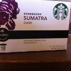 Photo taken at Starbucks by Jack C C. on 7/24/2012