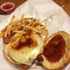 Photo taken at Burger Boss by Javier B. on 5/13/2012