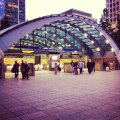 Photo taken at Canary Wharf London Underground Station by Nigel V. on 7/8/2012