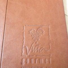 Photo taken at Viña Gourmet by Cleyrol C. on 5/30/2012