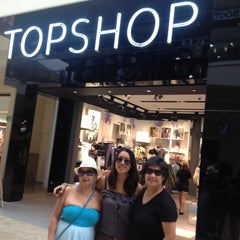 Photo taken at Topshop by Jerianne B. on 8/18/2012