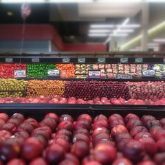 Photo taken at Pete's Fresh Market by Hadassah B. on 7/9/2012