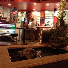 Photo taken at Lulu's Thai Noodle Shop by Simon K. on 2/23/2012