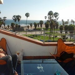 Photo taken at Dogtown Suite @ Hotel Erwin by Todd Z. on 6/23/2012