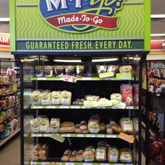 Photo taken at Sheetz by Shannon M. on 3/4/2012