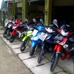 Photo taken at Berkah Motor by muhammad z. on 4/14/2012