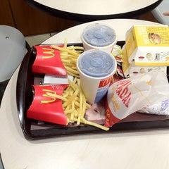 Photo taken at McDonald's by Daniel E. on 7/28/2012