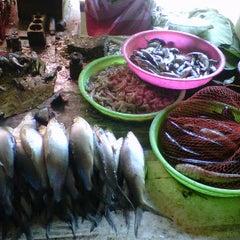 Photo taken at Pasar Gladak Kaliwungu by [ Setio P. on 5/10/2012