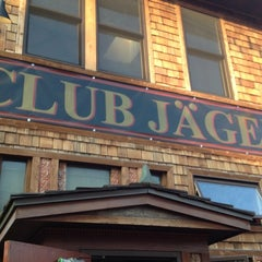 Photo taken at Clubhouse Jäger by Doreen P. on 7/22/2012