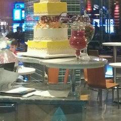 Photo taken at Baby Cakes Artisan Bakery by Myke500 on 3/19/2012