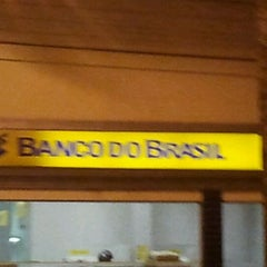 Photo taken at Banco do Brasil by nandobrasilia on 3/20/2012