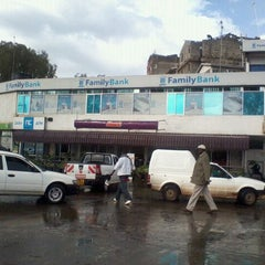 Photo taken at Steers - Donholm by Julie M. on 5/3/2012