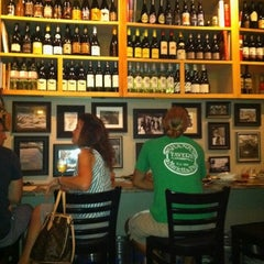 Photo taken at Henlopen City Oyster House by Kristen P. on 7/27/2012