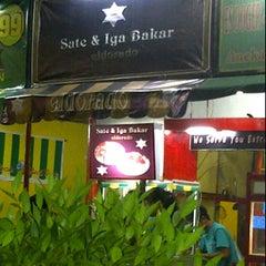 Photo taken at Pecel Lele Lela by Limantoko T. on 3/31/2012