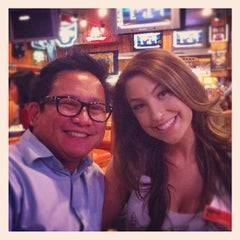 Photo taken at Hooters of Fremont by kenneth b. on 6/22/2012