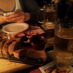 Photo taken at OUTBACK Steakhouse by 이래 on 6/30/2012