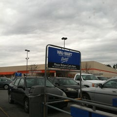 Photo taken at Walmart Supercenter by Robin A. on 2/18/2012
