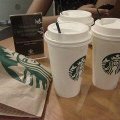 Photo taken at Starbucks by Riri♔ on 2/25/2012