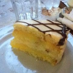 Photo taken at Torta de Sorvete by Isabelle I. on 8/18/2012