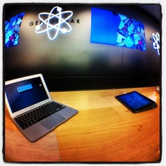 Photo taken at Apple Store, Anchorage 5th Avenue Mall by Tim A. on 5/20/2012