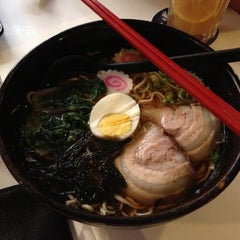 Photo taken at Umami Cafe by moonHwa 文. on 4/5/2012