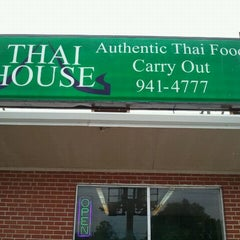 Photo taken at Thai House by Ching B. on 5/17/2012