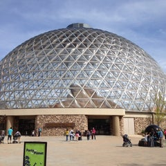 Photo taken at Henry Doorly Zoo and Aquarium by Chris B. on 4/5/2012