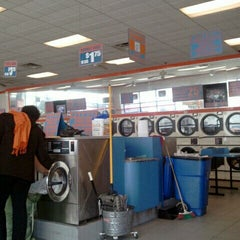 Photo taken at Laundry Queen Superstore by Joshua N. on 4/1/2012