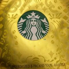 Photo taken at Starbucks by Adela N. on 4/22/2012