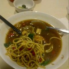 Photo taken at kedai mie ,mall lippo cikarang by Rian G. on 9/5/2012