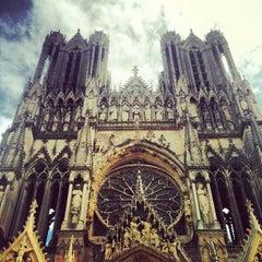 Photo taken at Cathédrale Notre-Dame de Reims by Moonsieur P. on 8/5/2012