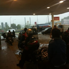 Photo taken at Esso by Nafis on 5/2/2012
