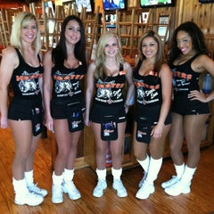 Photo taken at Hooters Siegen Lane by Victor P. on 3/30/2012