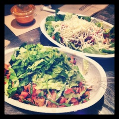 Photo taken at Chipotle Mexican Grill by Stephanie C. on 4/9/2012