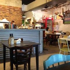 Photo taken at Fat Spoon Café by Putz on 6/23/2012