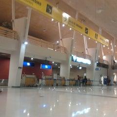 Photo taken at Aeropuerto Internacional El Tepual (PMC) by Gonzalo A. on 7/10/2012